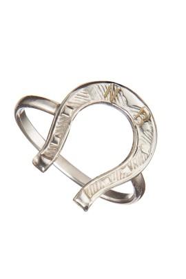 ferro-di-cavallo-iniziali-annerito